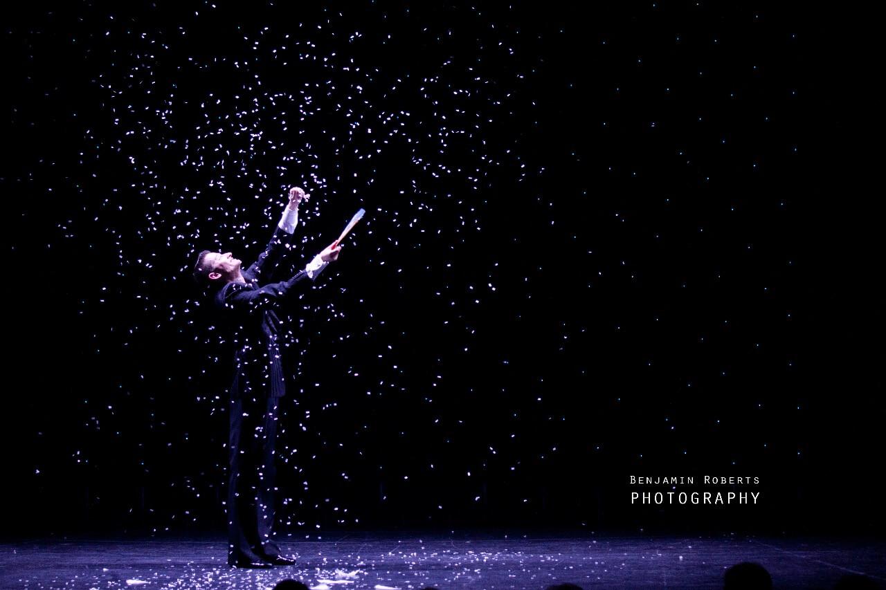 Regen - Meisterzauberer & Großillusionist Felix Jenzowsky